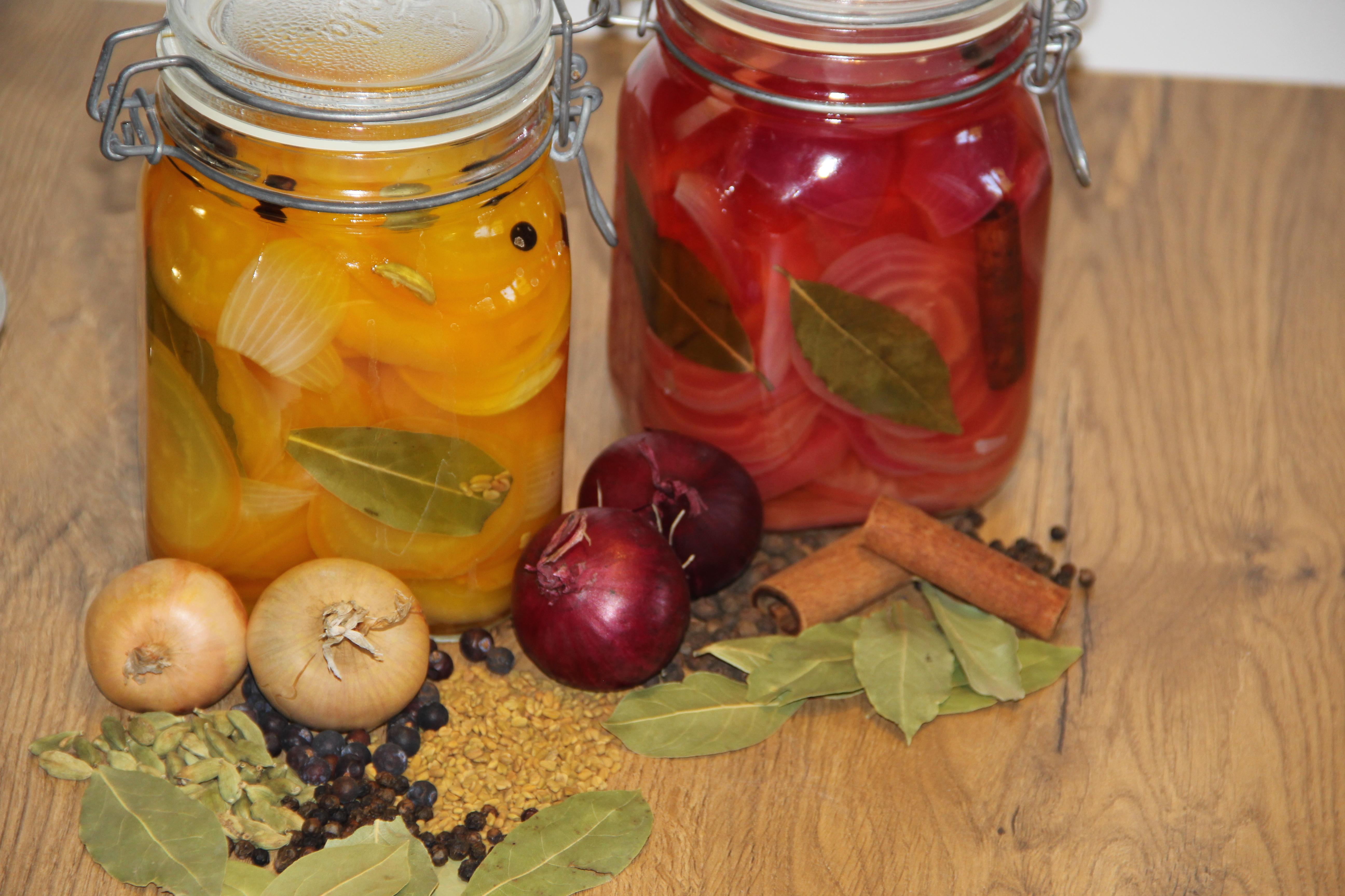 sylteglas og ingredienser