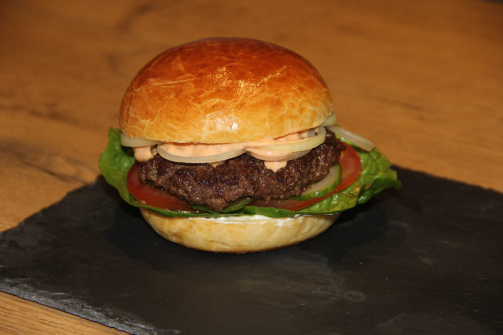 Brioche burgerbolle med fyld