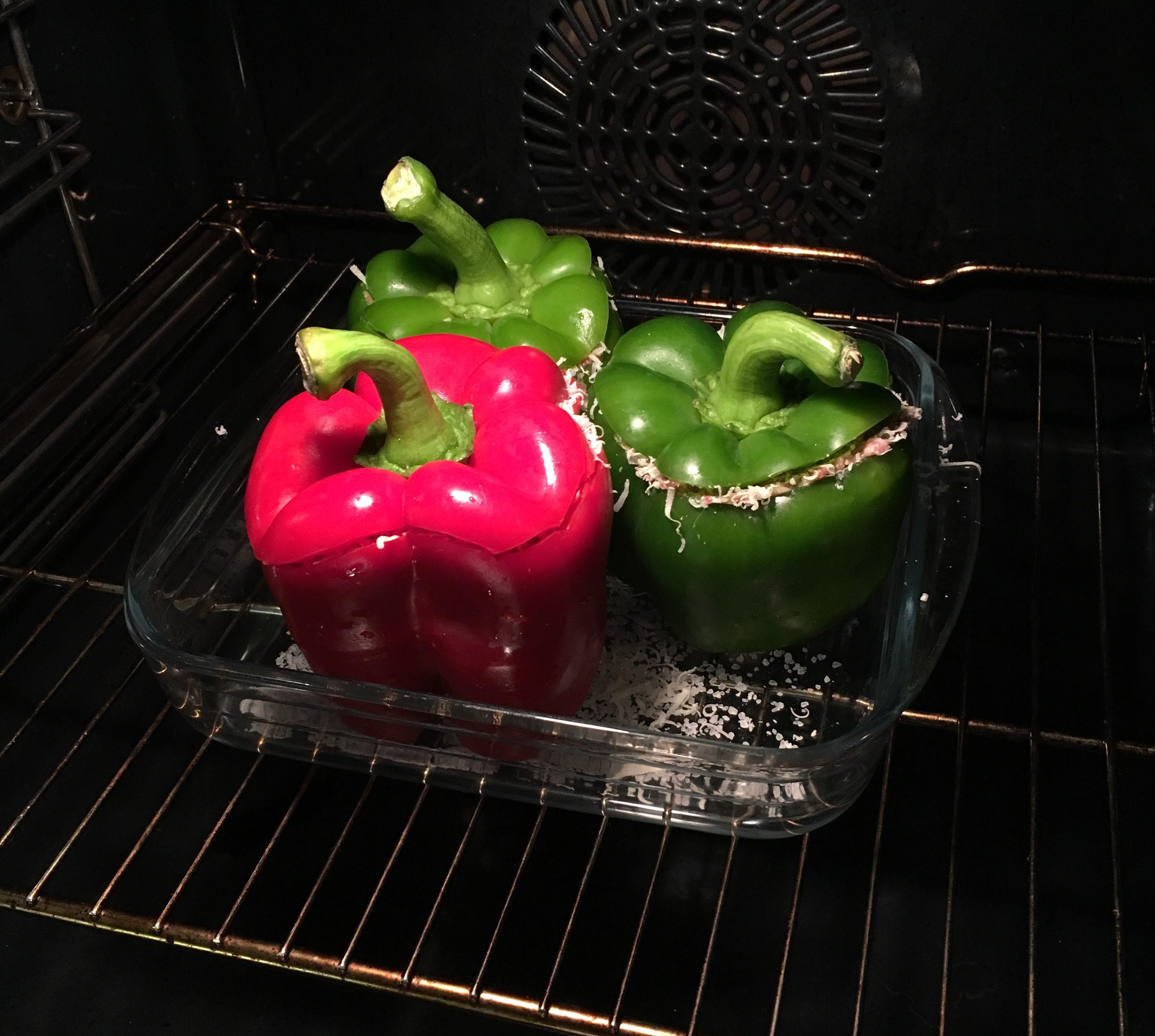 fyldte peberfrugter i ovn