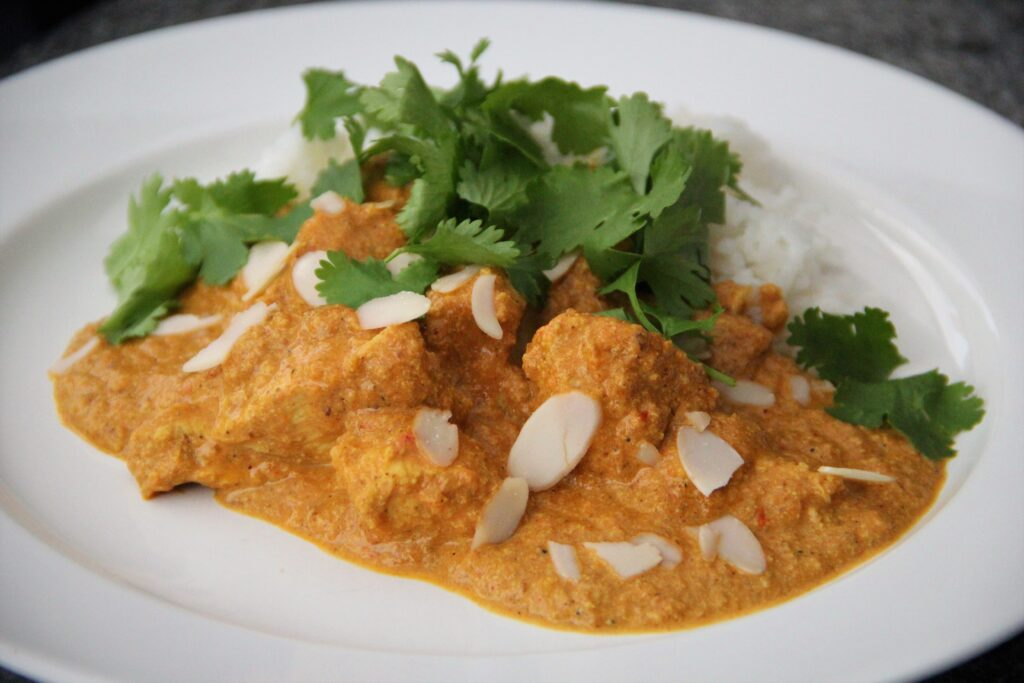 indisk butter chicken med ris