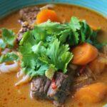 Bo kho vietnamesisk oksekødssuppe med grøntsager