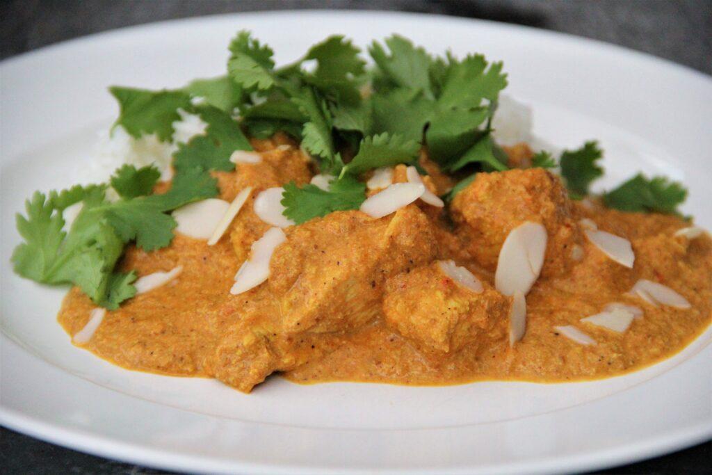 indisk butter chicken med ris